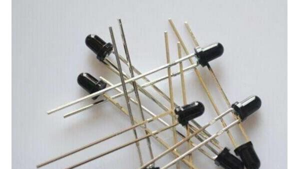 光電二極管和紅外對管的區別及工作原理