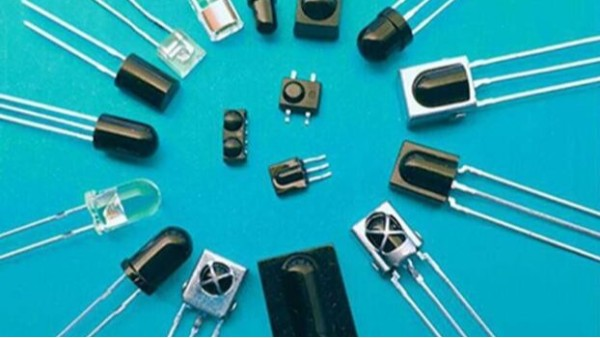 光電二極管在通信系統可清洗柔軟織物中的應用研究