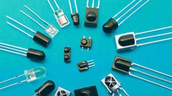 交流電壓下發光二極管的應用電路