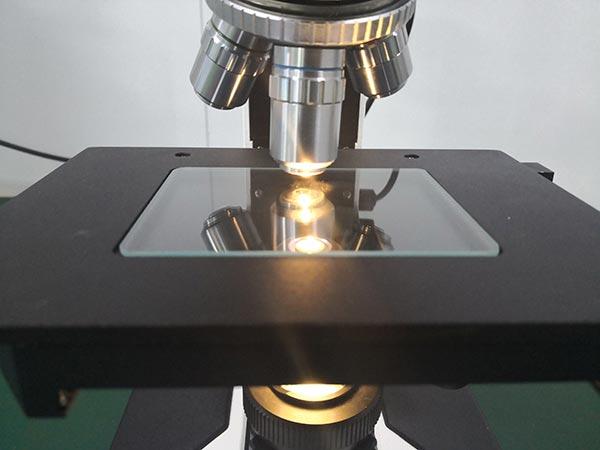 光亮測試儀器
