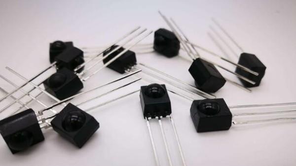 光敏二極管中的光電轉換原則